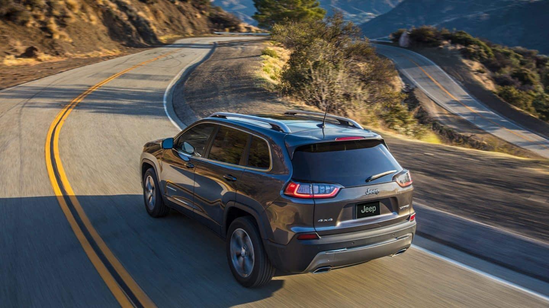 Test Drive the 2020 Jeep Cherokee near Racine WI