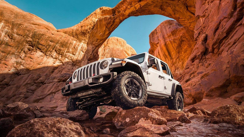 Buy, Lease, or Finance the 2020 Jeep Wrangler near Fox Lake IL
