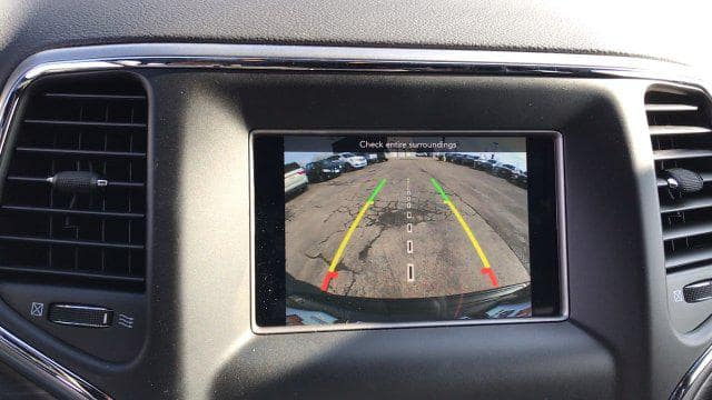 2020 Jeep Grand Cherokee rear camera