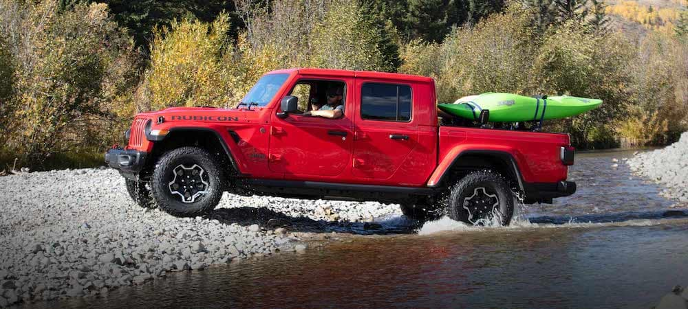 2020 Jeep Gladiator with Kayak