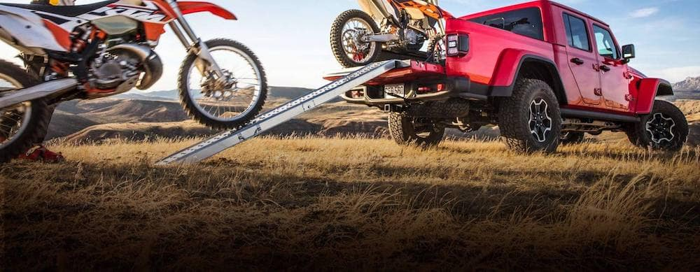 2020 Jeep Gladiator with Dirtbikes