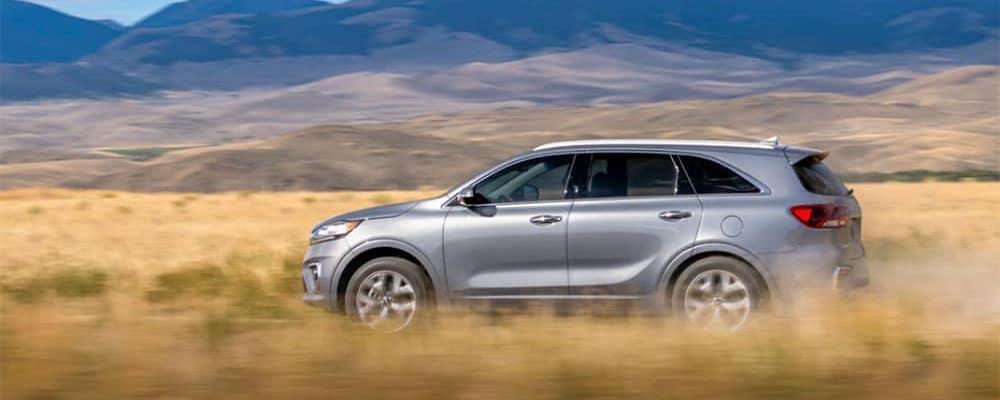 2020 Kia Sorento Driving in Plains