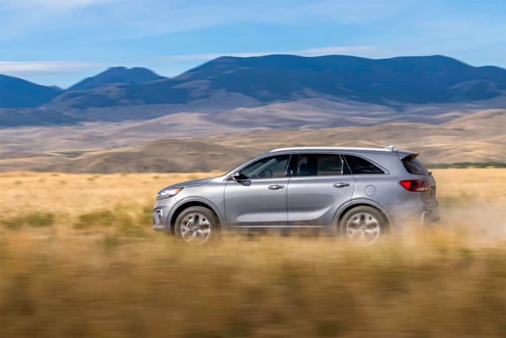 2020 Kia Sorento Side View