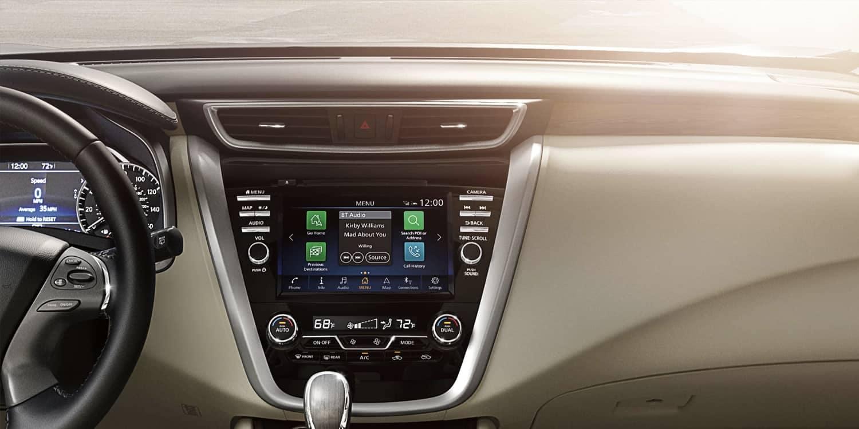 2019-Nissan-Murano-dashboard