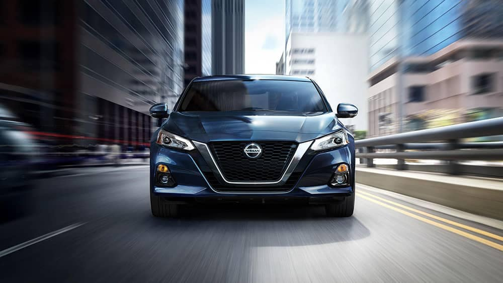 2020 Nissan Altima Head On