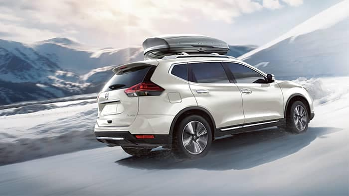 Nissan Rogue Driving in Snow