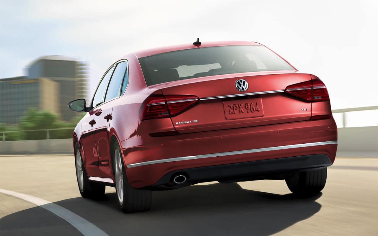 2018 Volkswagen Passat Red