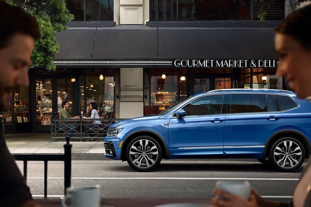2020 VW Tiguan Side View