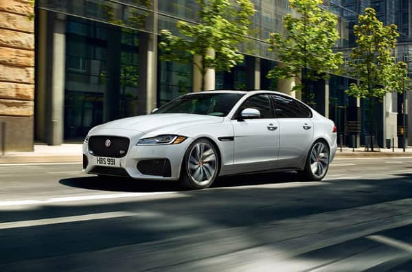 2018 Jaguar XF sedan thumb