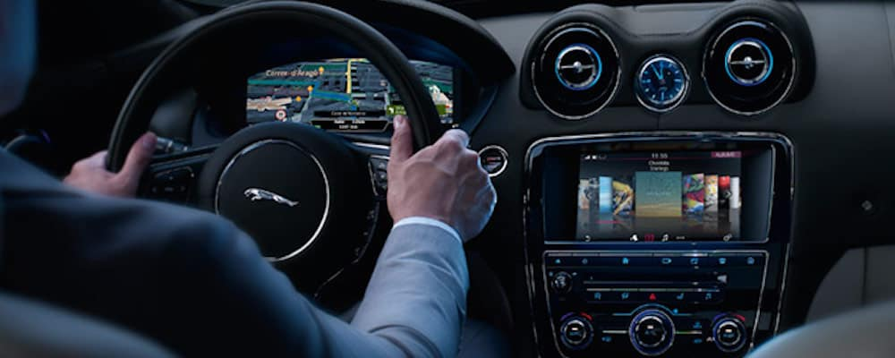 incontrol display in Jaguar