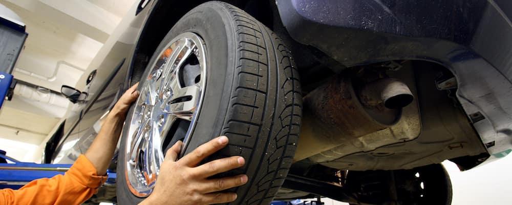 mechanic changing tire