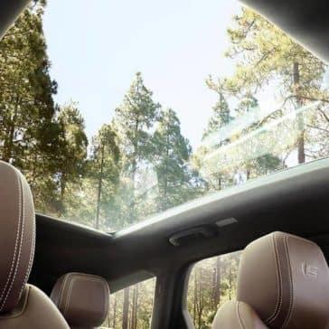 2019-jaguar-xf-interior-sunroof