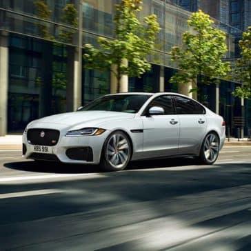 2019-jaguar-xf-luxury-sedan-exterior-front-side-view