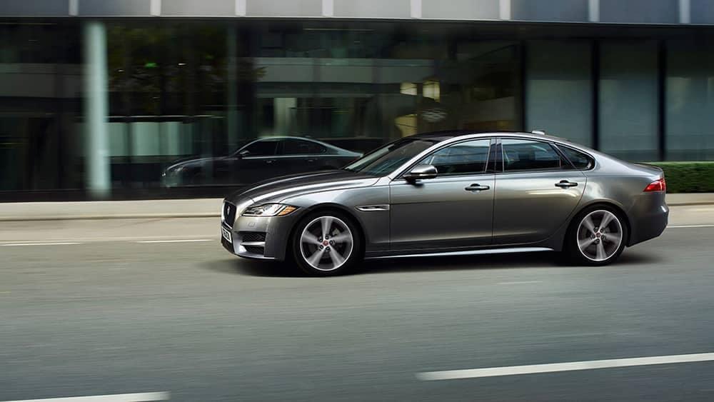 2019-jaguar-xf-luxury-sedan-exterior-side-view