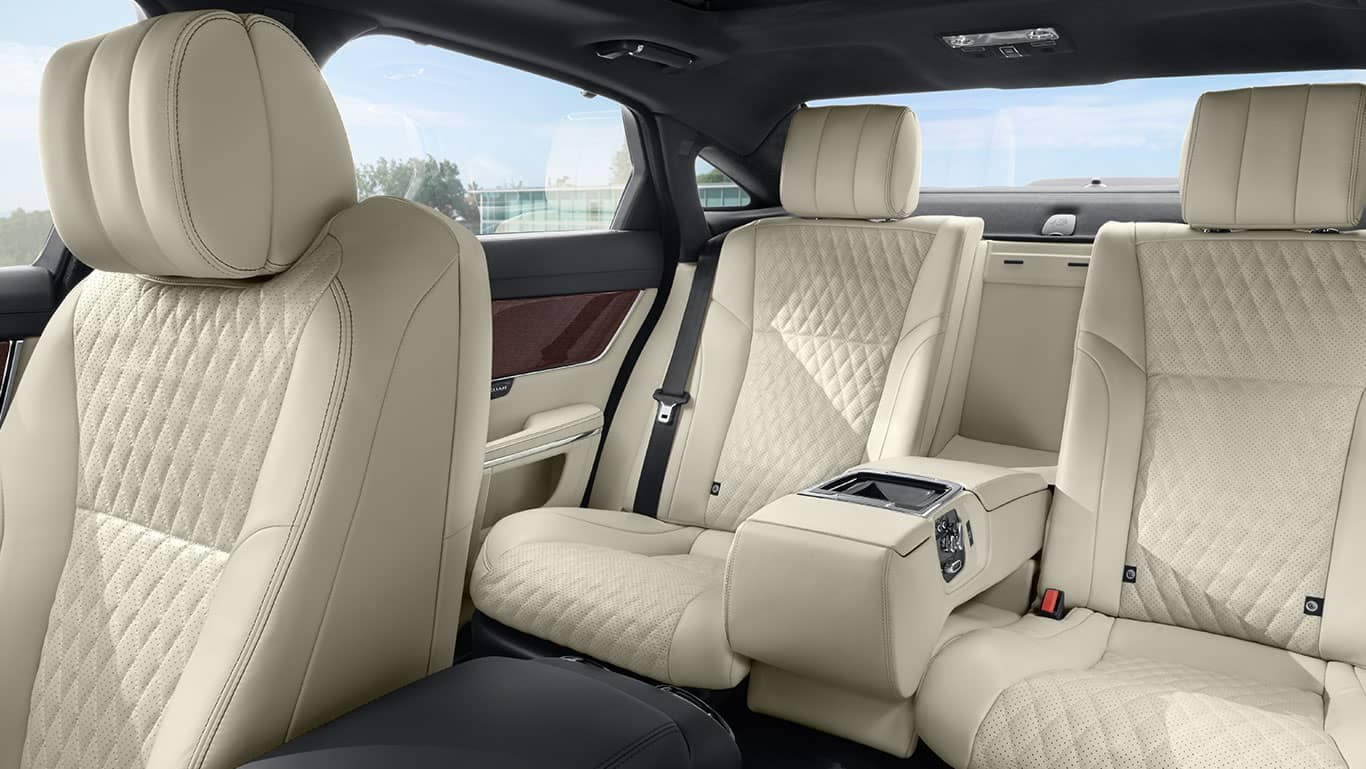 2019 Jaguar XJ Seating