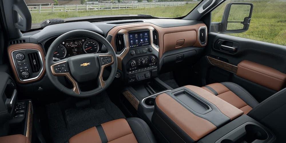2020 Silverado 2500 front seats