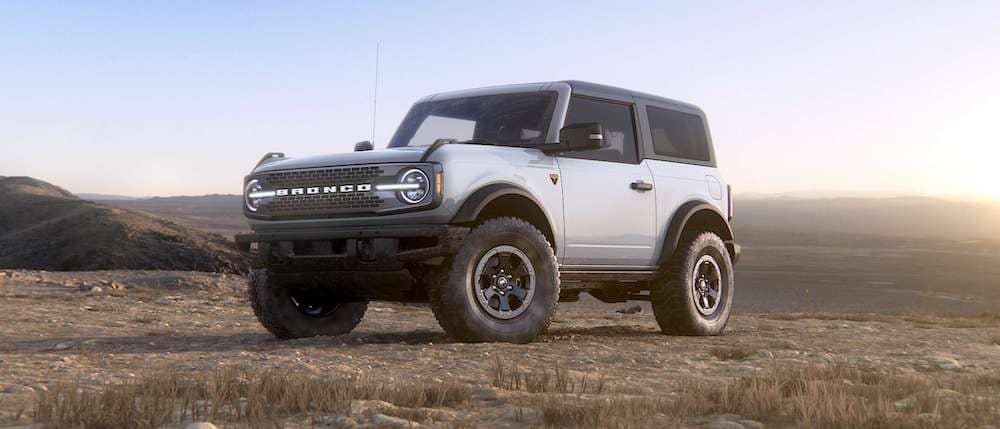 2021 Ford Bronco 2-Door in Oxford White