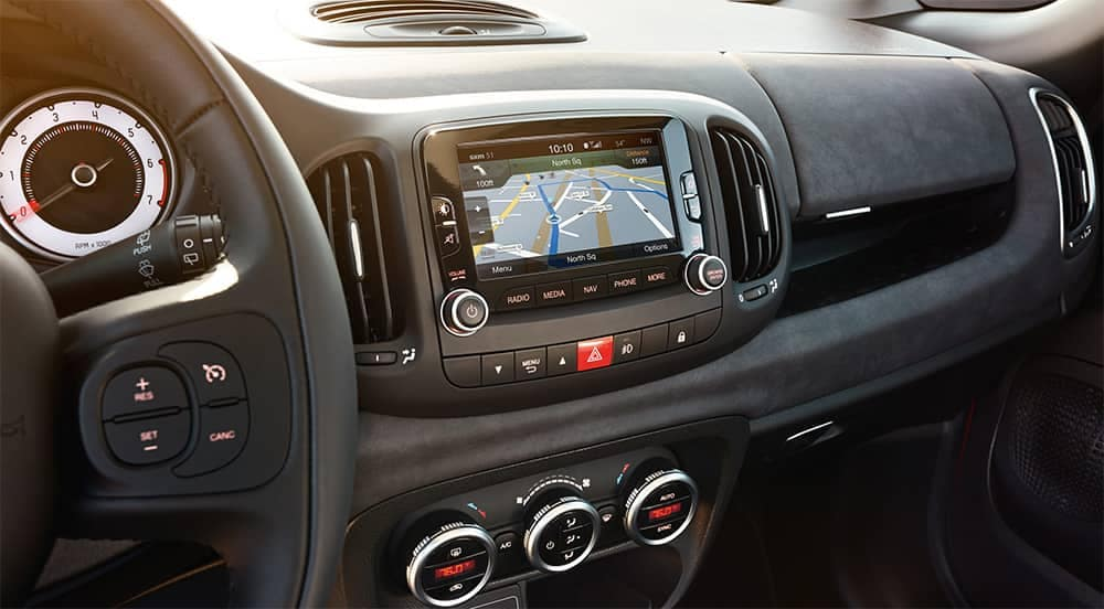 2017 Fiat 500L Interior Dashboard
