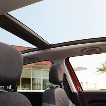 2017 Fiat 500L Interior Sunroof