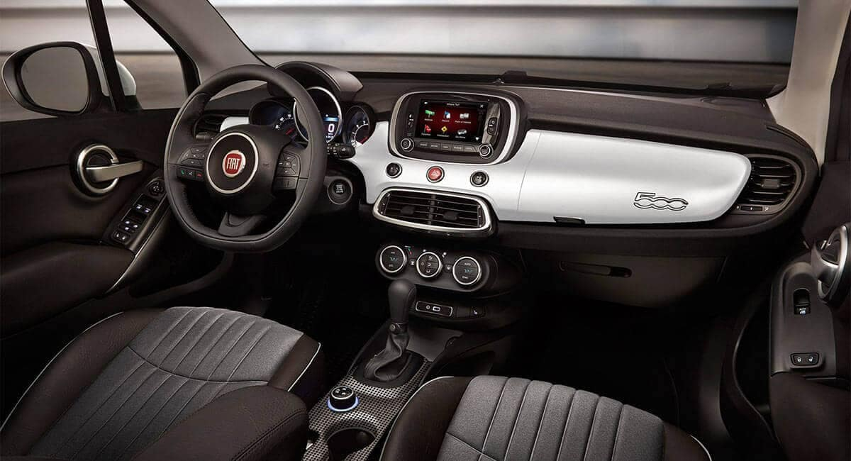 2017 Fiat 500X Interior Dash View
