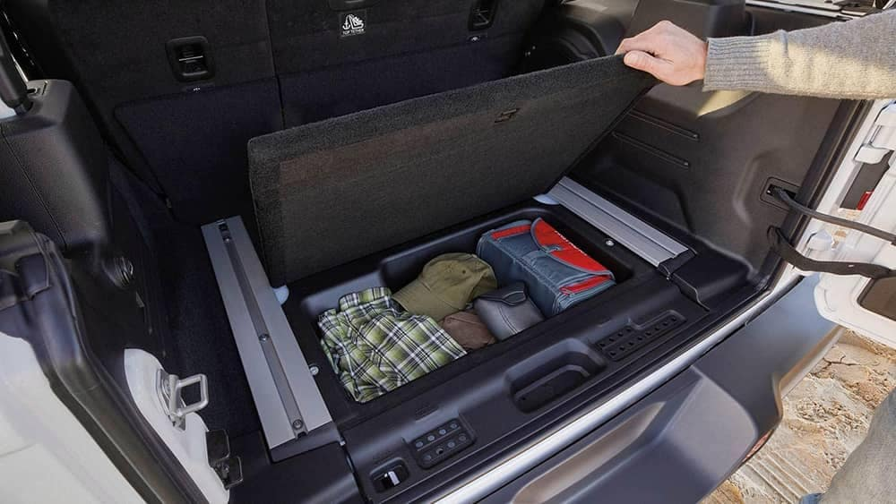 2019 Jeep Wrangler interior cargo storage