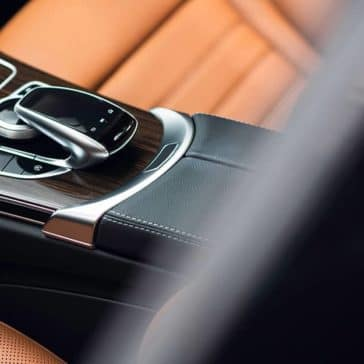 2020 MB C-Class Features