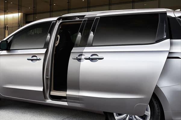 2020 Kia Sedona Sliding Doors