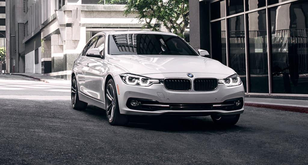 2018 BMW 320i xDRIVE SEDAN--DEMO