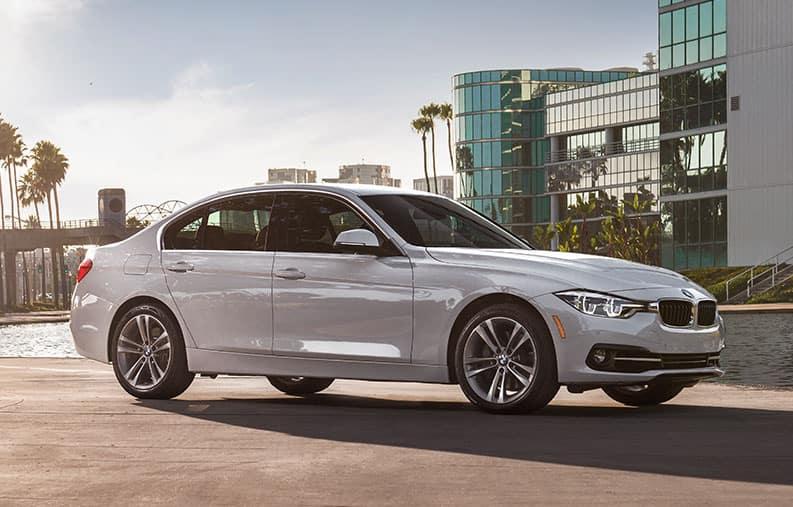 New 2018 BMW 320i xDrive