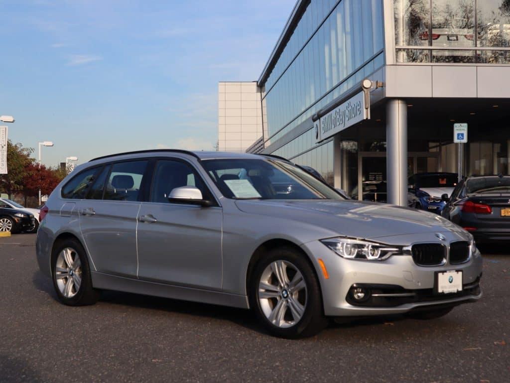 2018 BMW 330i xDRIVE -- EXECUTIVE DEMO