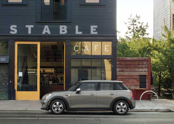 ADDITIONAL $500 OFF ANY NEW MINI FOR RECENT COLLEGE GRADS