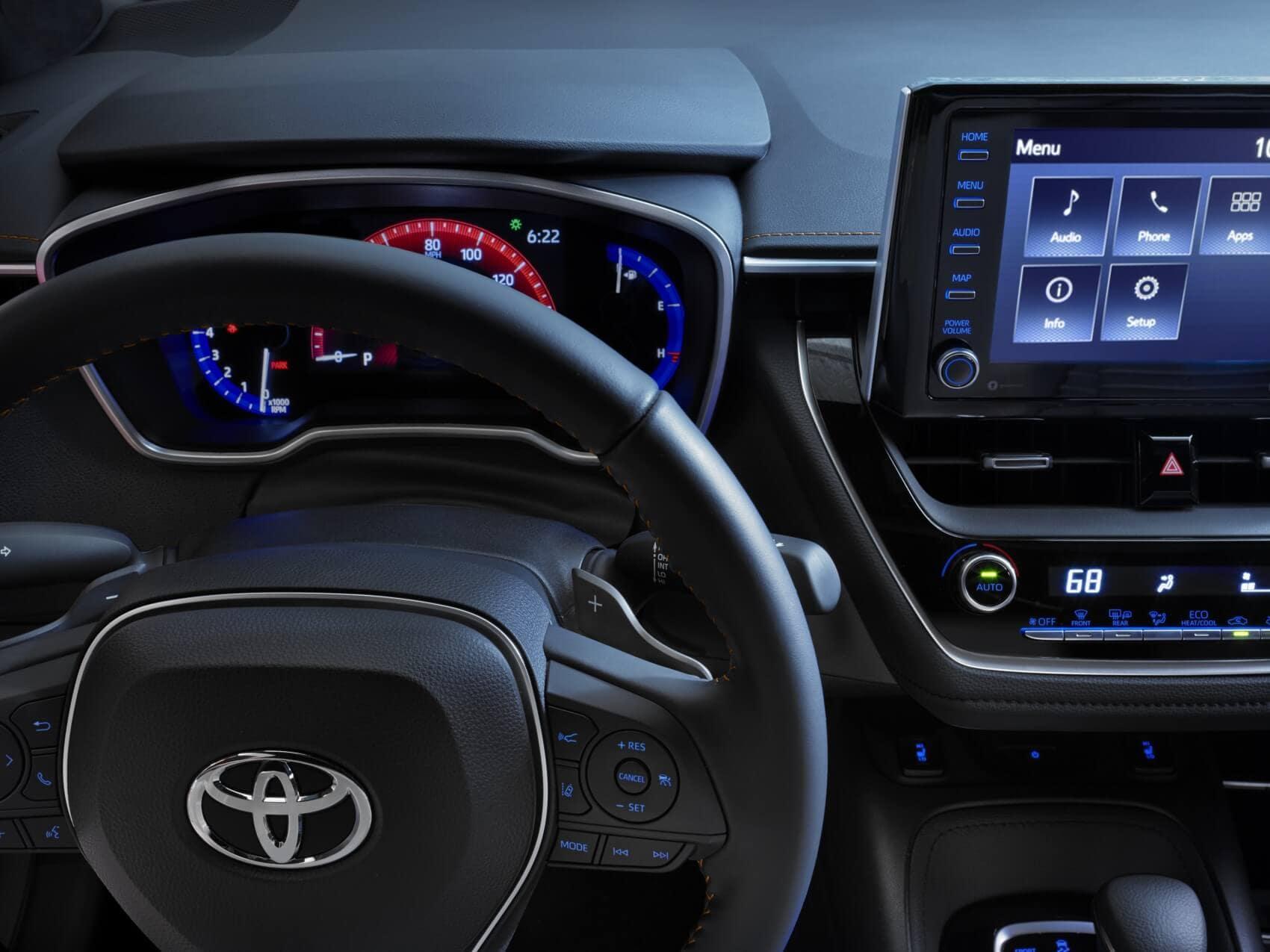 Toyota Corolla vs Nissan Sentra Interior