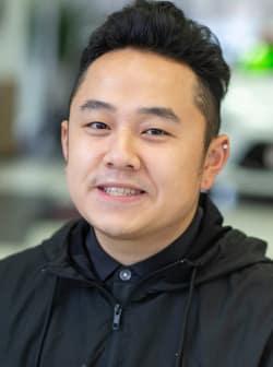 Yadosa Xiong