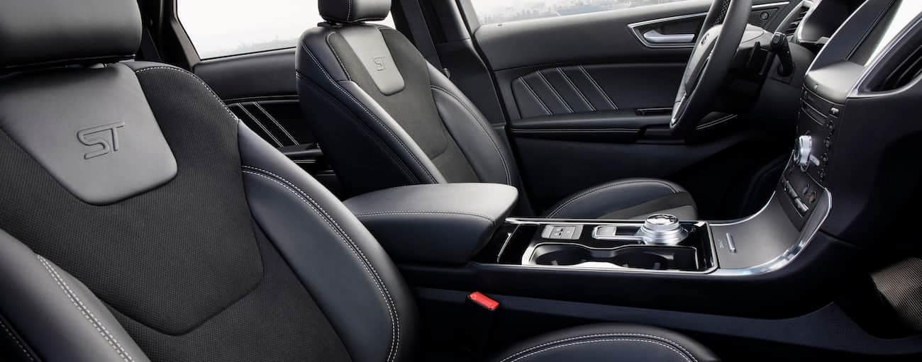 The black interior of a 2019 Ford Edge is shown.