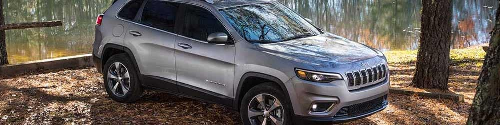 2019 Jeep Cherokee Limited in woods