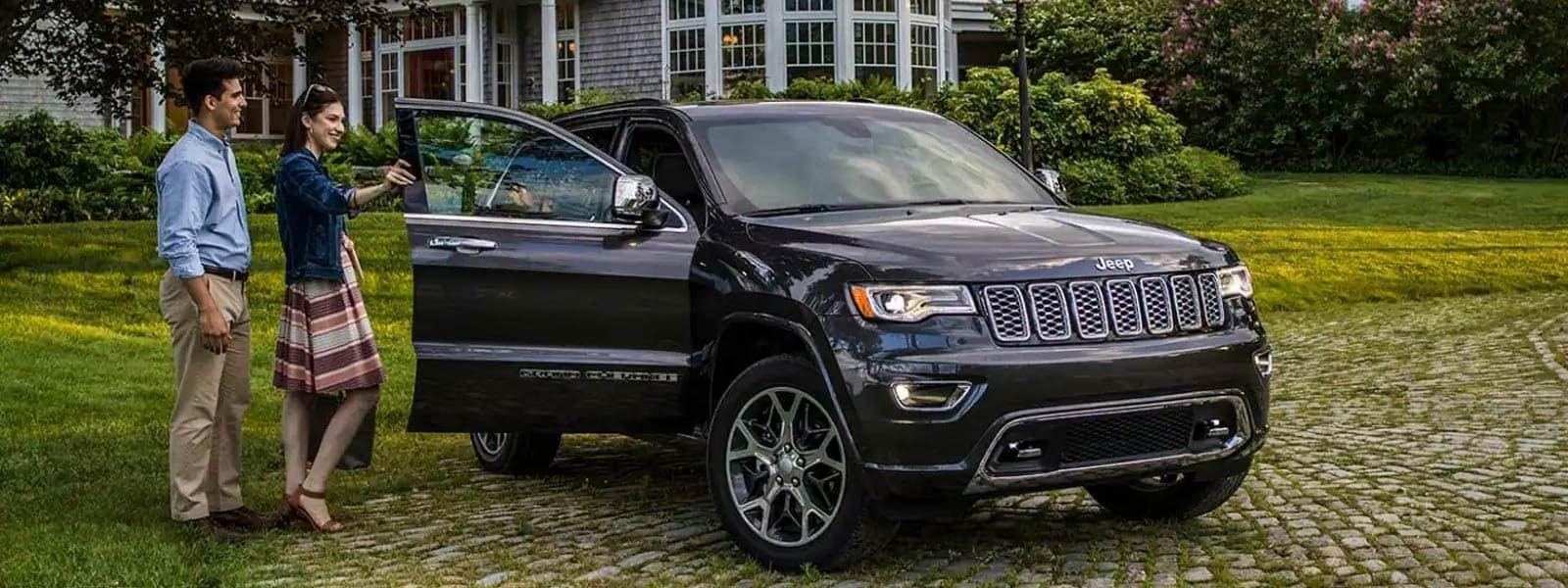 Finance or Lease new 2021 Jeep Grand Cherokee in Rosetown Saskatchewan