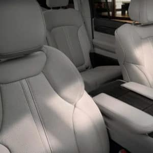2022 Jeep Wagoneer Comfort and Convenience