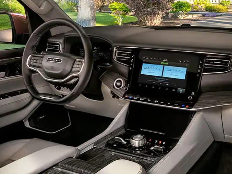 2022 Jeep Wagoneer trim levels and technology