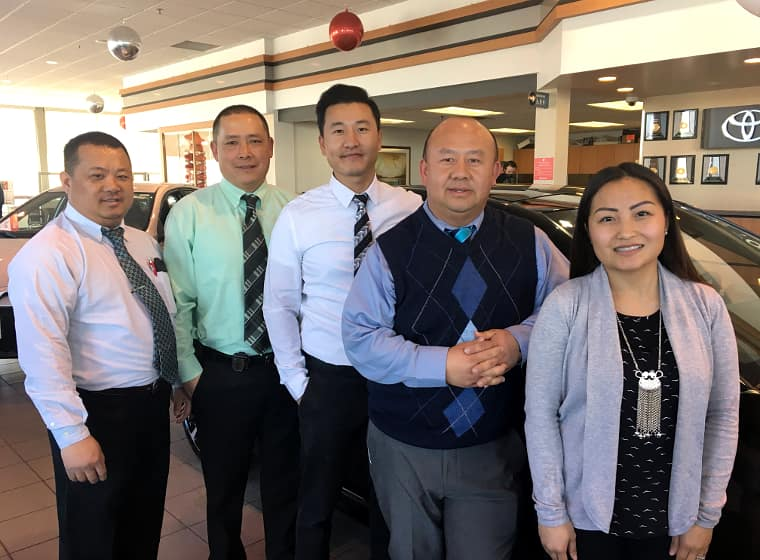 Hmong-Maplewood-Toyota