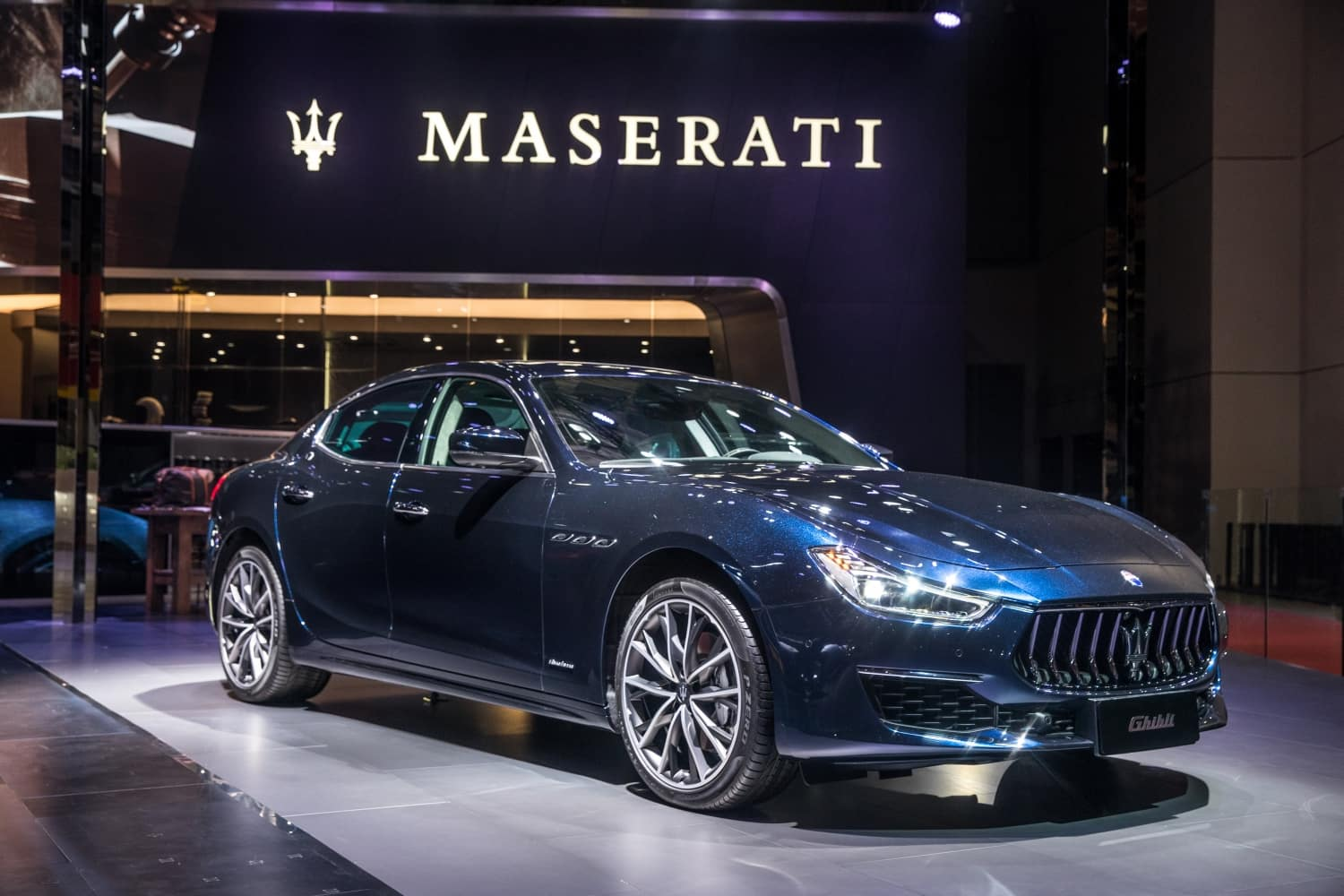 2019 Maserati Quattroporte Models And Specs Maserati Of