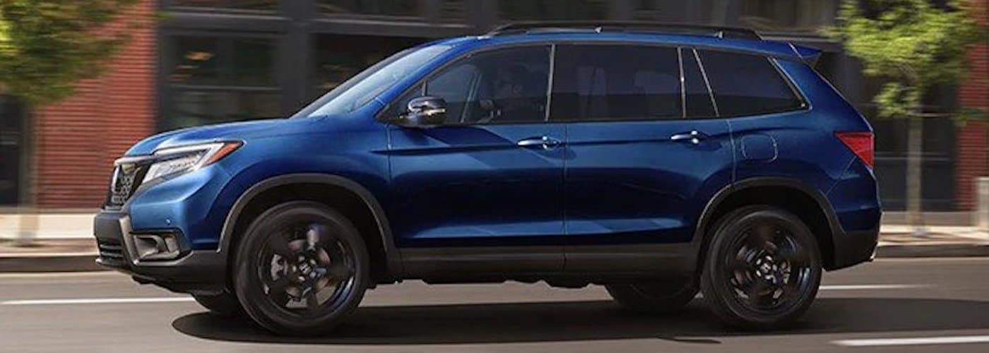 2019 honda passport driving through city