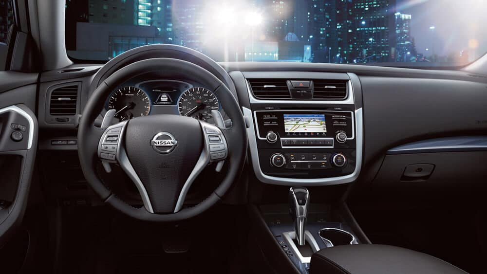2018 nissan altima midnight edition interior