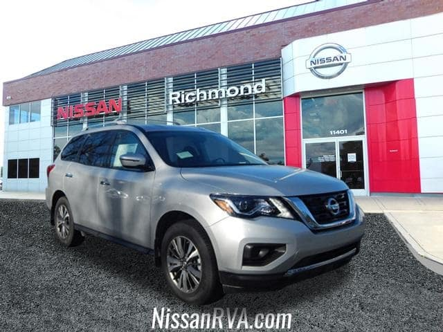 New 2019 Nissan Pathfinder S 4WD Lease Special!