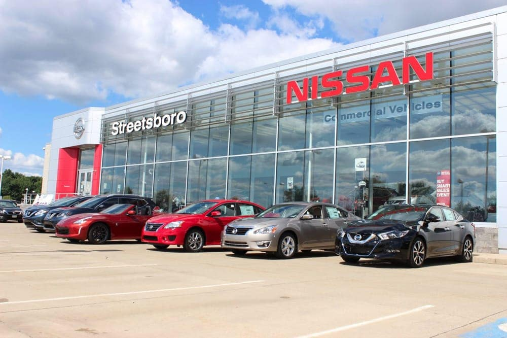 Image of the front of Nissan of Streetsboro dealership.