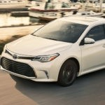 Edmunds Explains What Makes the 2017 Toyota Avalon Such a Superb Sedan