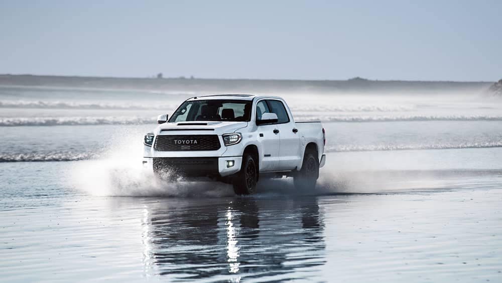 2019 Toyota Tundra Splashing through water