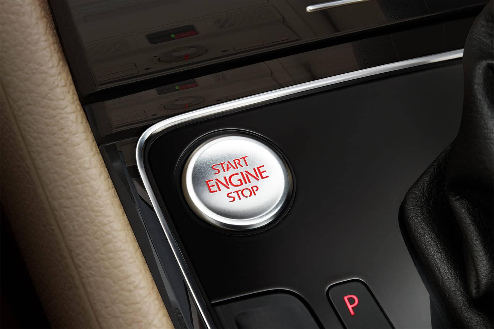 2019 Volkswagen Passat engine button