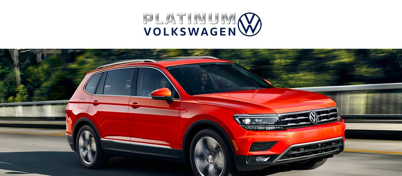 Rojo Volkswagen SUV