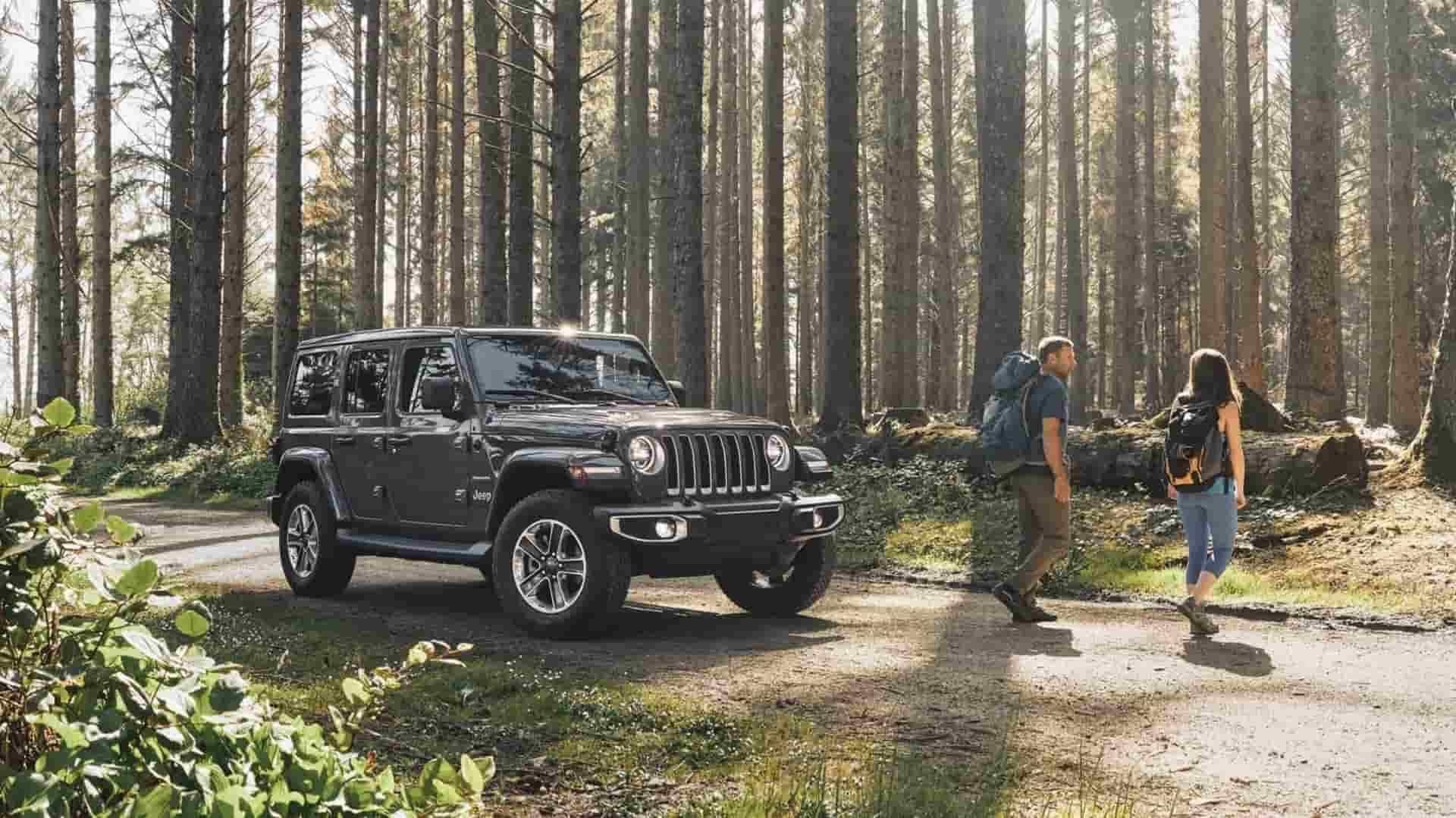 Lease a 2019 Jeep Renegade near Longmont CO