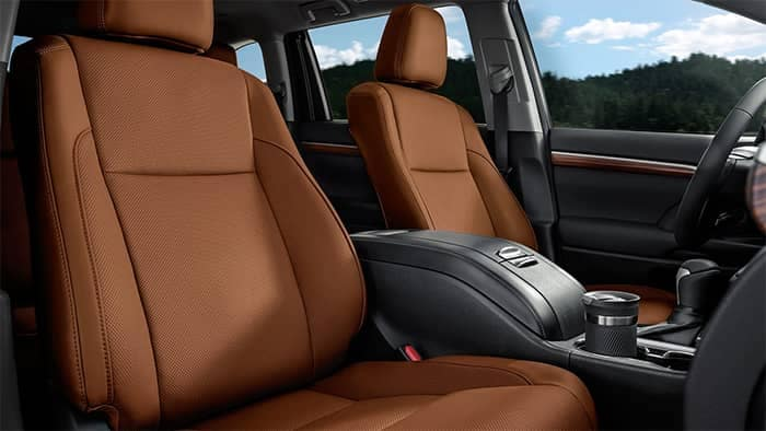 2019 Toyota Highlander Front Interior Seating